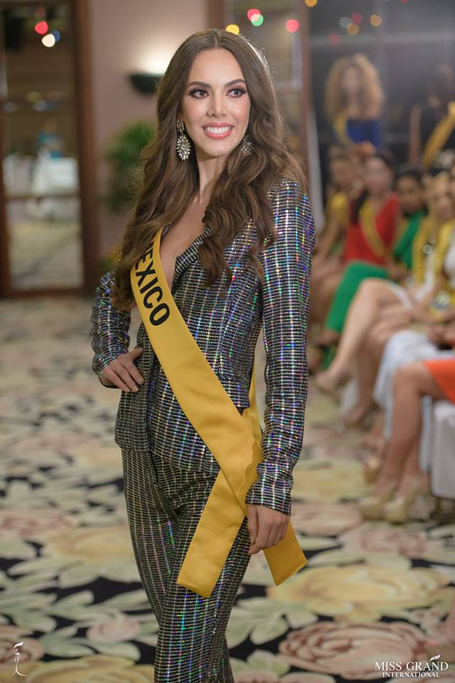 lezly diaz, top 10 de miss grand international 2018. - Página 10 Sn4oi810