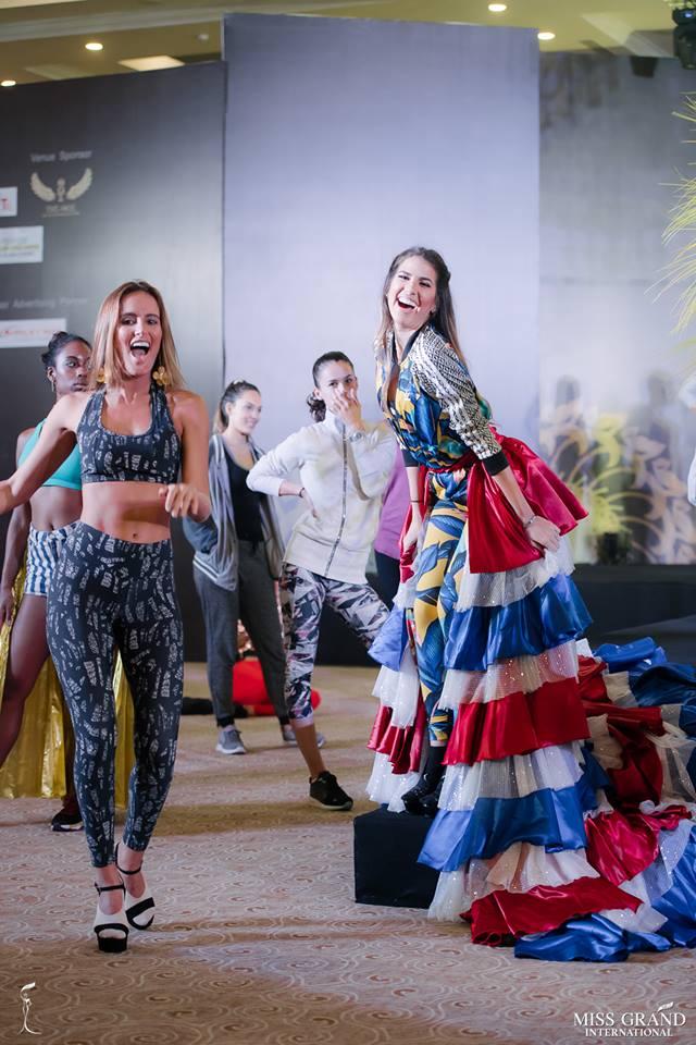 sheyla quizena, miss grand colombia 2018. - Página 4 Zrd9i410