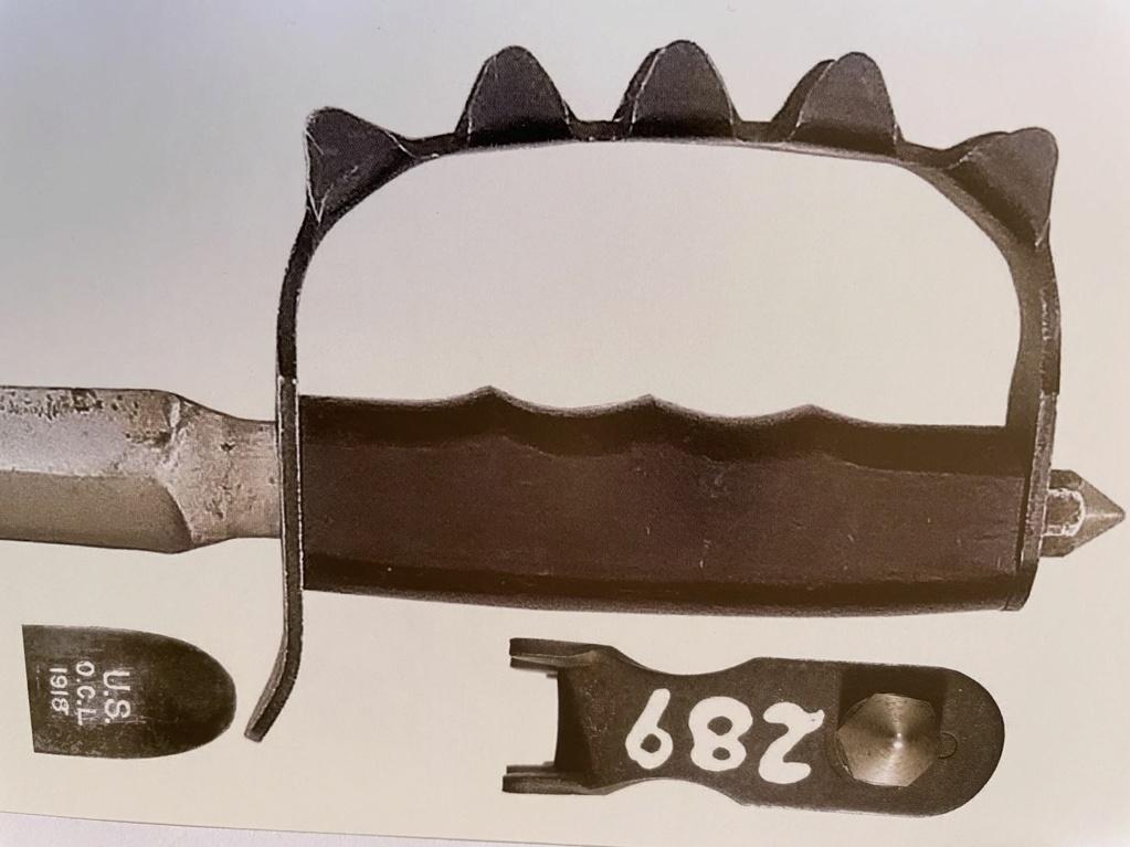 Pour les spécialistes de l'U.S. Mark 1 Trench Knife Le_04-13