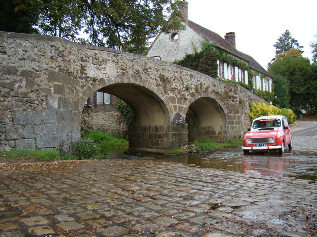 Rallye de Navigation 22 septembre Yonne - Page 2 Dsc02813