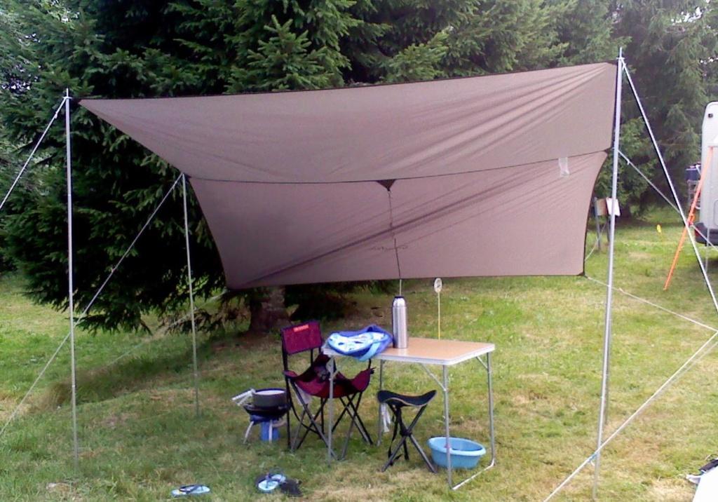 Petite table de camping pour fourgon Table_11