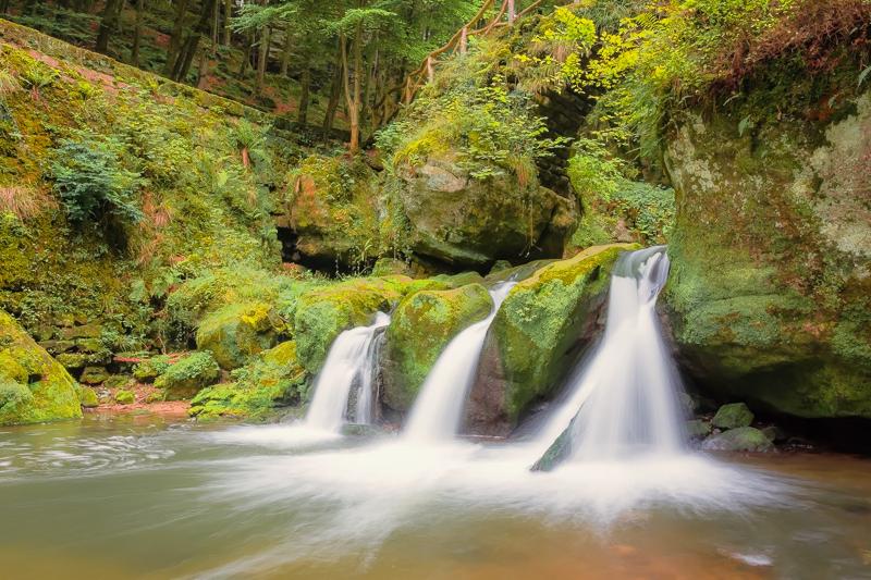 La cascade du Mullerthal  Leguis11