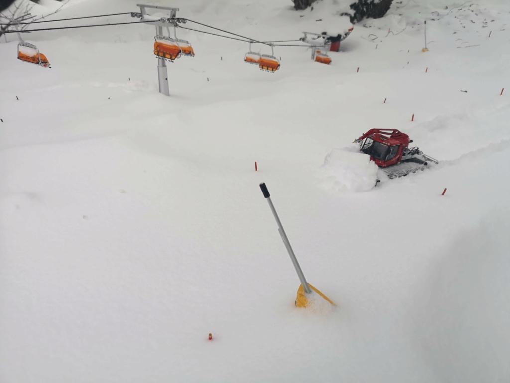 Station de ski miniature en Suisse - Page 5 Img_2010