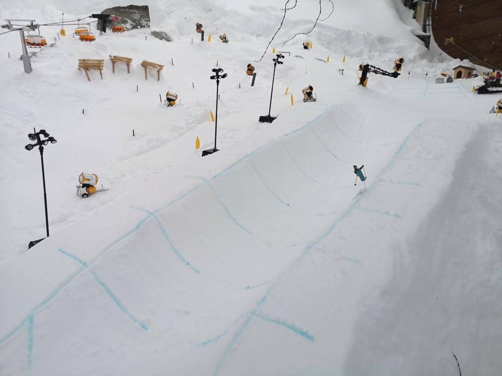 Station de ski miniature en Suisse - Page 5 Img_2020