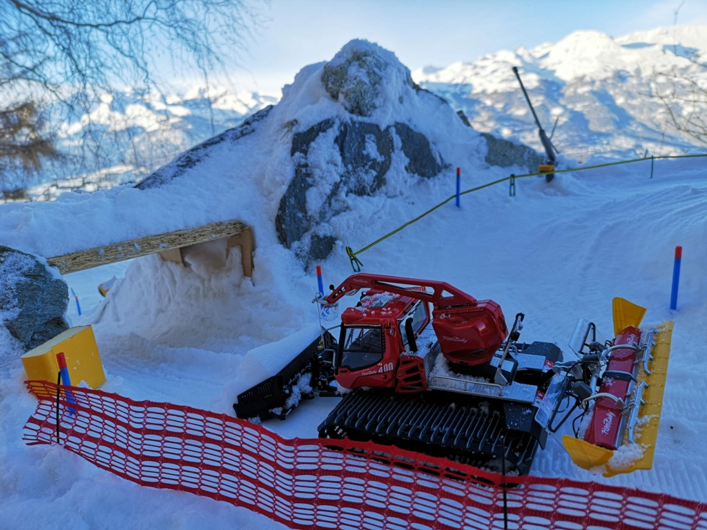 Station de ski miniature en Suisse - Page 5 Img_2023