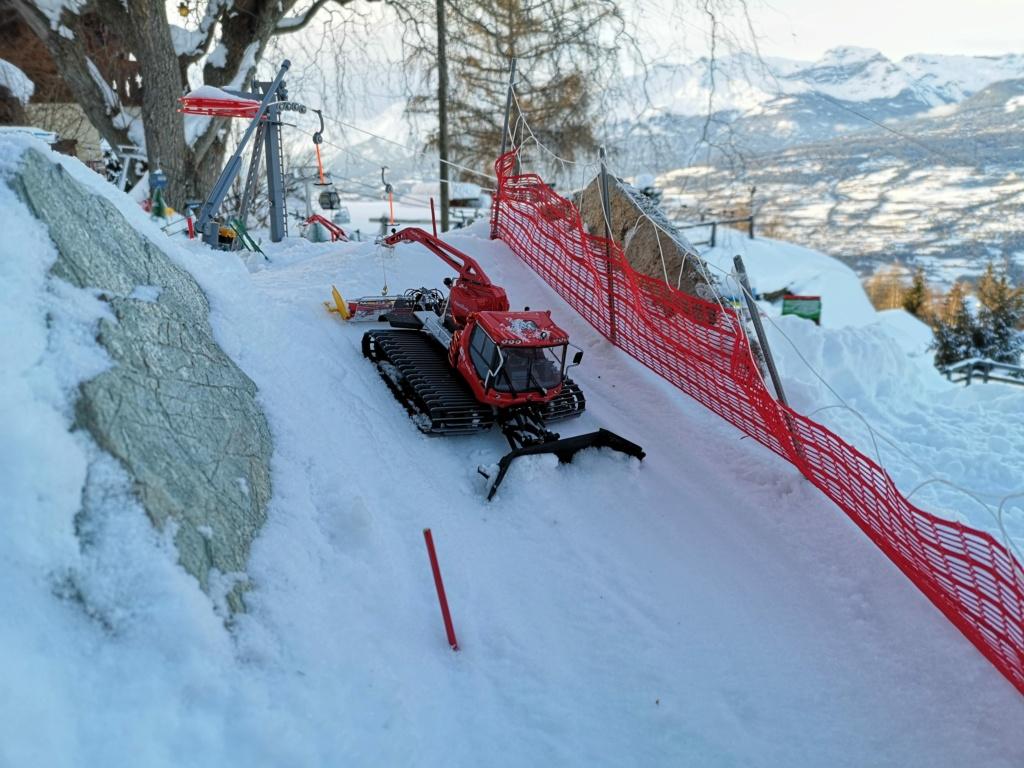 Station de ski miniature en Suisse - Page 5 Img_2026