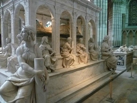 Sculpture Basili10
