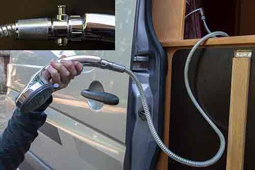 """Présentation de """"Jumbo"""" Independent Mercedes Sprinter 4x4 - Préparation et voyages Douche10"""
