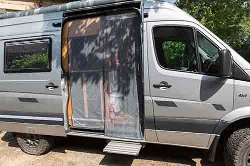 """Présentation de """"Jumbo"""" Independent Mercedes Sprinter 4x4 - Préparation et voyages Mousti10"""