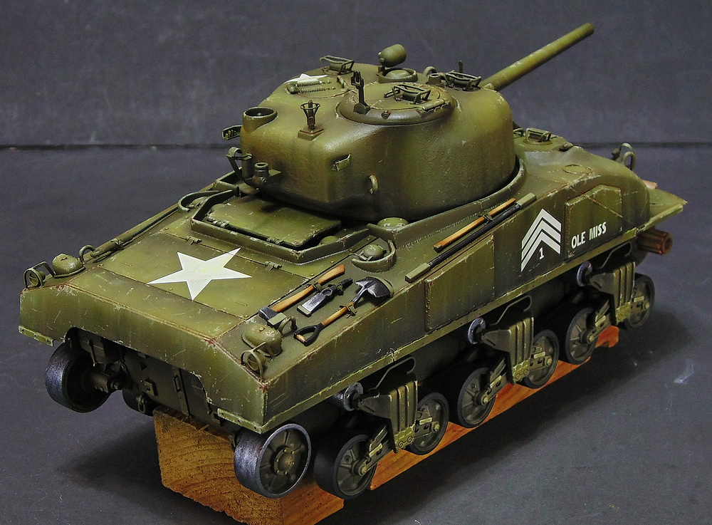 "M4 SHERMAN ""COMPOSITE HULL "" PTO 1810"