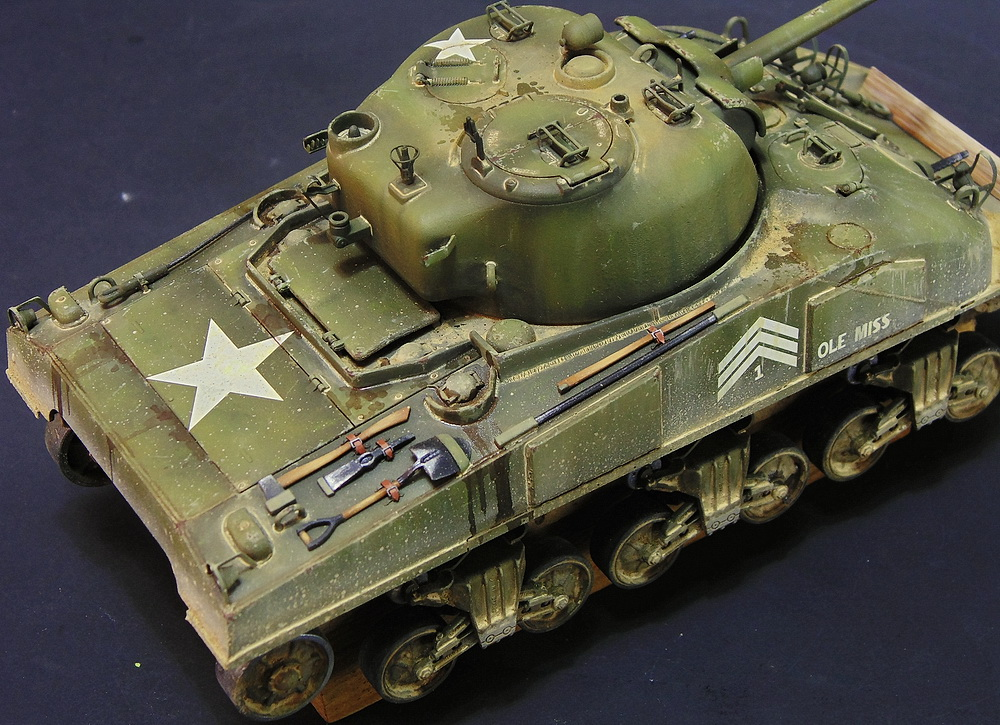 "M4 SHERMAN ""COMPOSITE HULL "" PTO 2610"