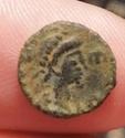 Nummus de León I. Emperador y cautivo. Constantinopla Img_2021
