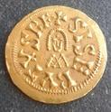 Radiado póstumo de Claudio II. CONSECRATIO. Altar Img_2095