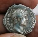 Denario de Adriano. COS III. Minerva a izq. Roma Img_2120