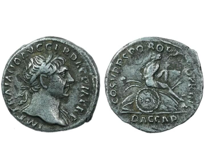 Denario de Trajano. COS V P P S P Q R OPTIMO PRINCIP - DAC CAP. Dacia sedente a dcha. Roma. Screen16