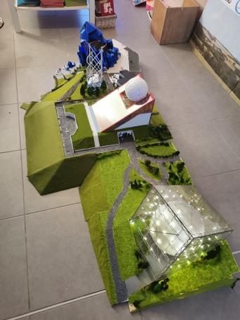 Maquettes de pavillons du Futuroscope par Nicoland - Page 7 92025010