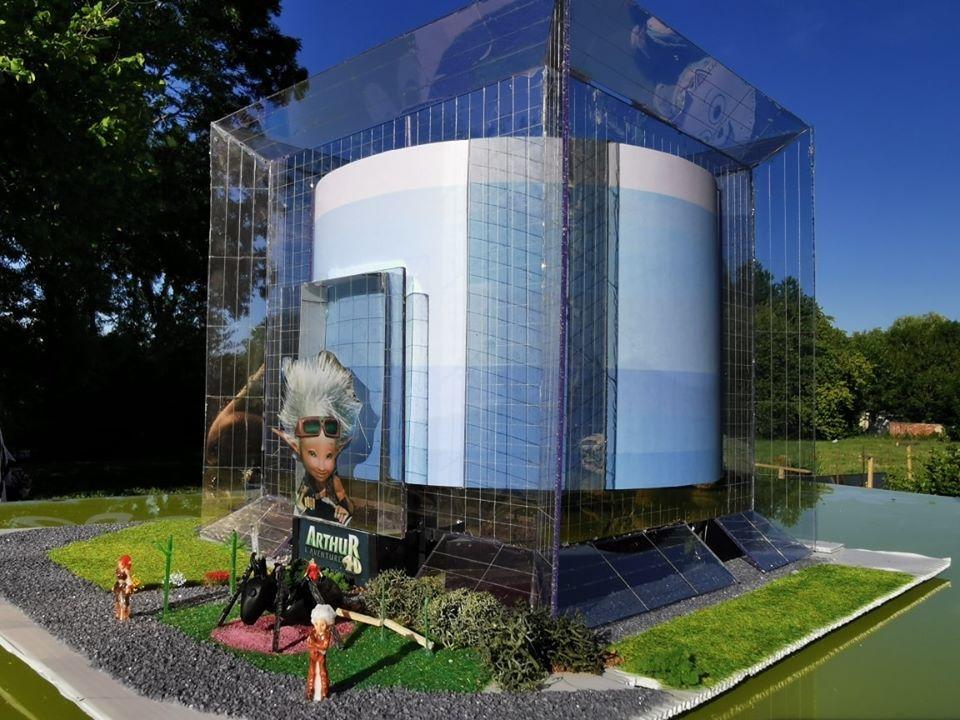 Maquettes de pavillons du Futuroscope par Nicoland - Page 7 99426110