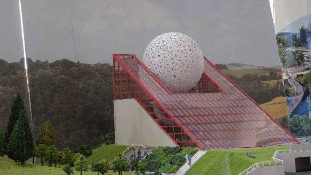 Maquettes de pavillons du Futuroscope par Nicoland - Page 5 Dscn1310