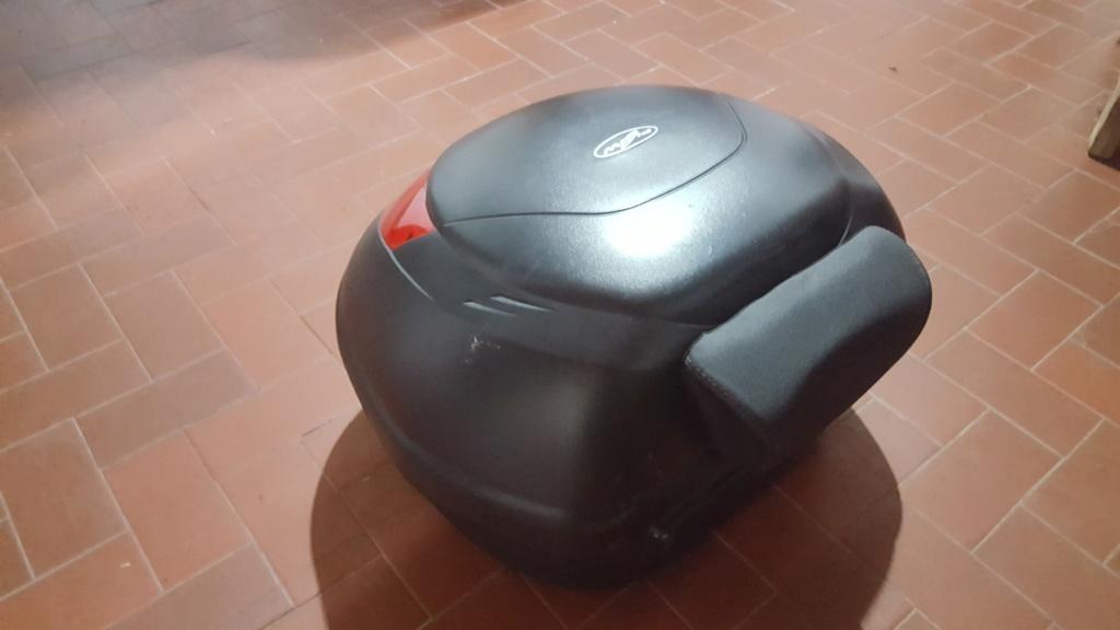Baul moto givi flow 35 litros E350N con respaldo $4500/ en Cañuelas 20180910