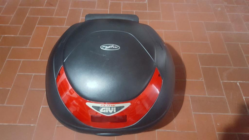 Baul moto givi flow 35 litros E350N con respaldo $4500/ en Cañuelas 20180911