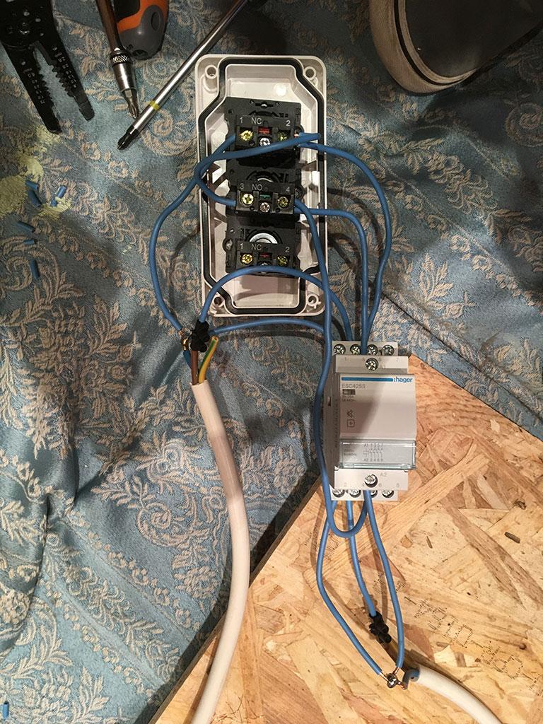 Rénovation d'une kity 636... qui dure ! Img_1210