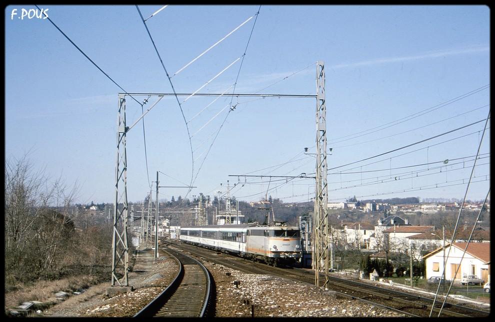La gare de Montréjeau à l'échelle N - Page 4 Mtj-b411