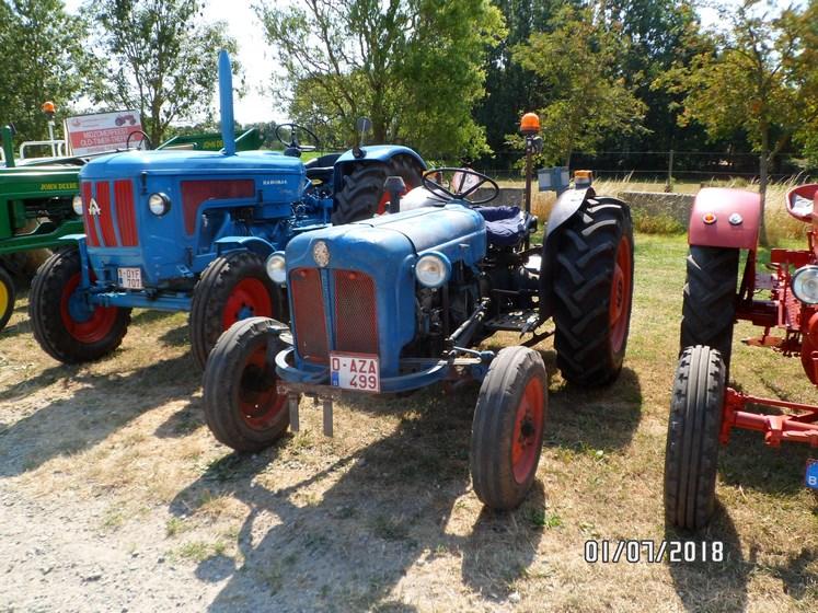 """* """"Les Tracteurs anciens (agricole)"""" - Page 2 Sam_4731"""