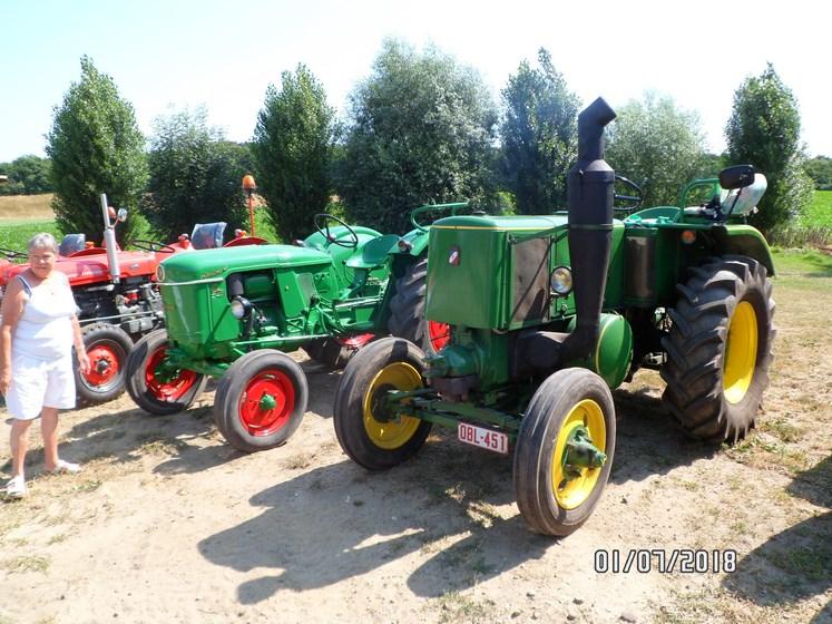 """* """"Les Tracteurs anciens (agricole)"""" - Page 2 Sam_4830"""