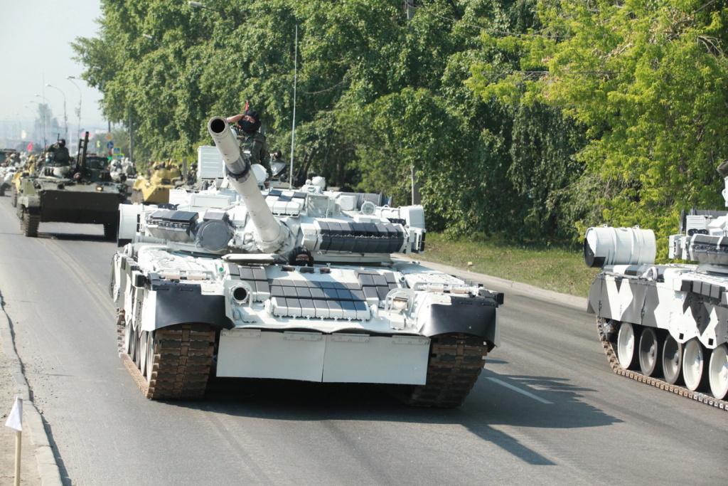 Т-80БВ («Объект 219РВ») - основной боевой танк 00-yak12