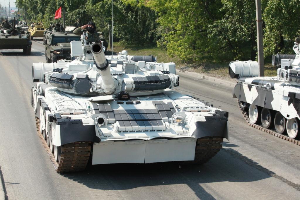 Т-80БВ («Объект 219РВ») - основной боевой танк 00-yak13