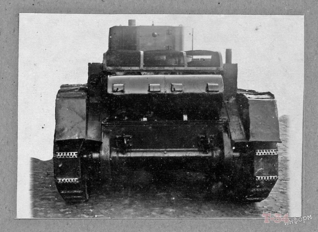 БТ-5 - лёгкий колесно-гусеничный танк 00121