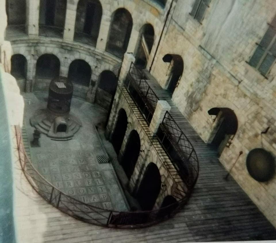 Photos anciennes du Fort Boyard - Page 3 67830210