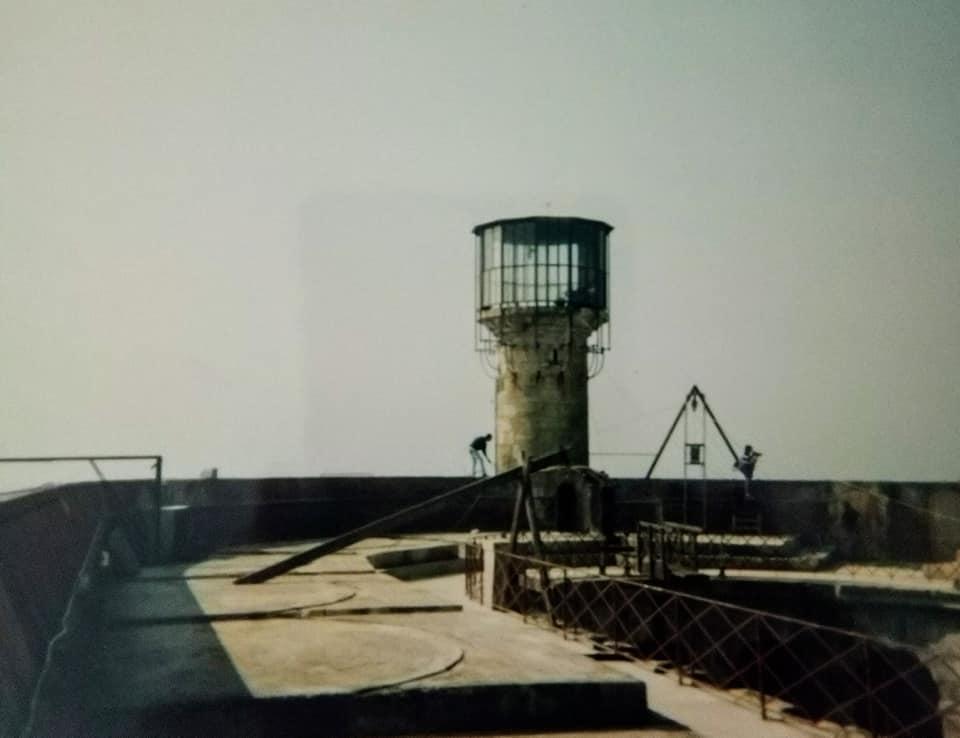 Photos anciennes du Fort Boyard - Page 3 68898210