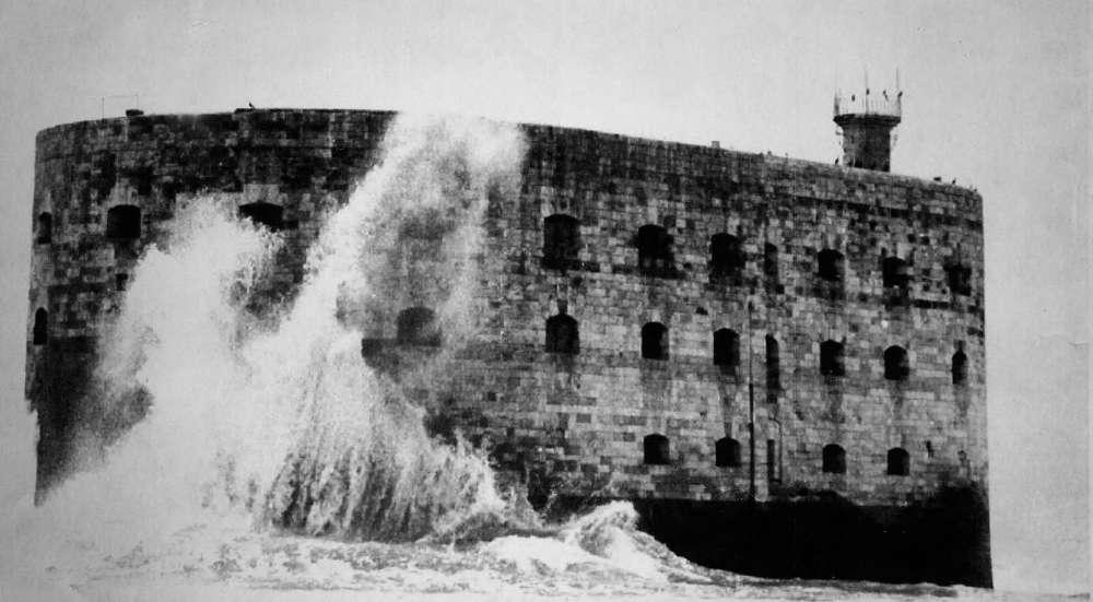 Photos anciennes du Fort Boyard Une-vu10