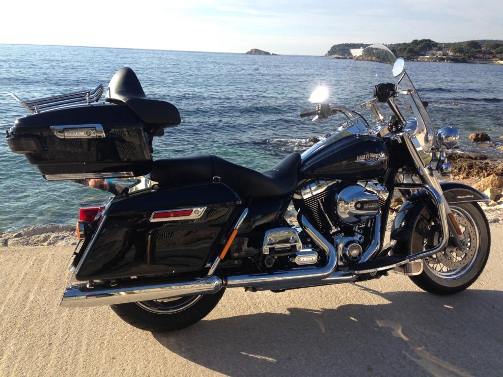 Road King uniquement, combien sur Passion-Harley  - Page 16 B7718b10
