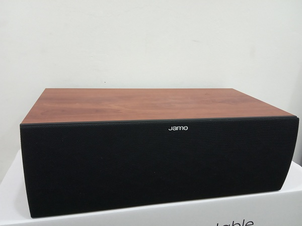Jamo S62 Center Speaker Dark Apple (Used) Img_2031