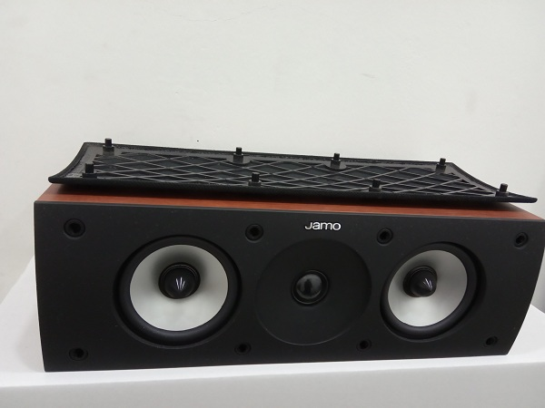 Jamo S62 Center Speaker Dark Apple (Used) Img_2032