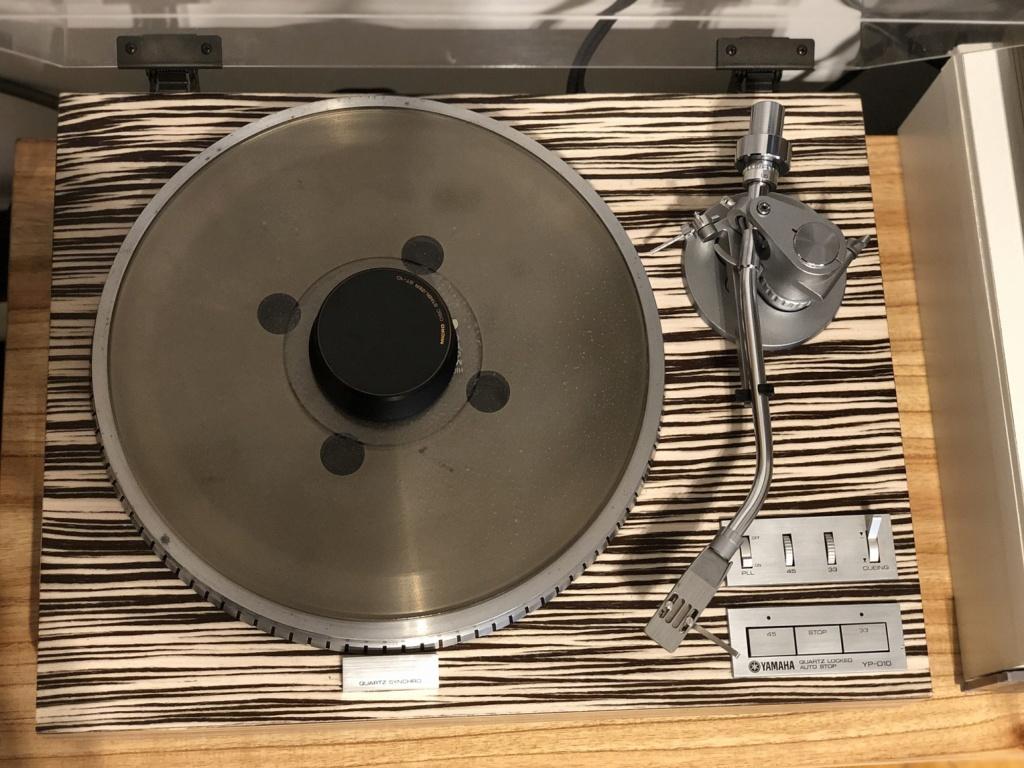 Vendo mi bandeja giradiscos Yamaha YP-D10 Img_1017