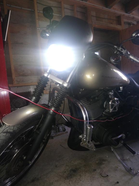 Petite coustomisation Dyna Super Glide Sport (ventilo+LED) Dsc_0632