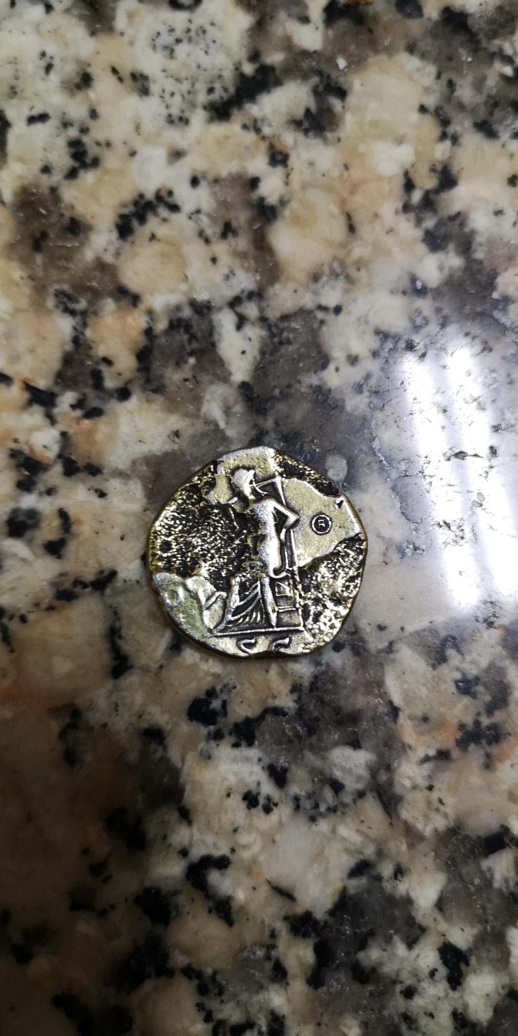 Dupondio o denario de Adriano. Reproducción fantasía Img_2014