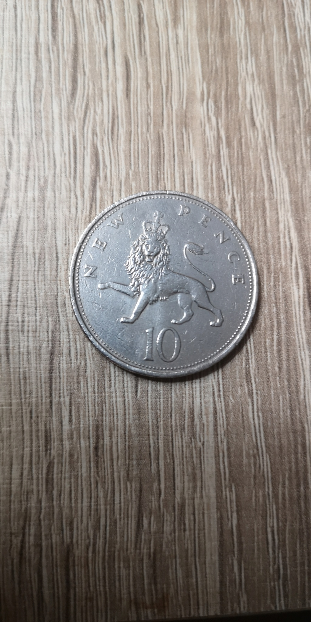 10 New Pence 1969. Reino Unido. Isabel II. Img_2037