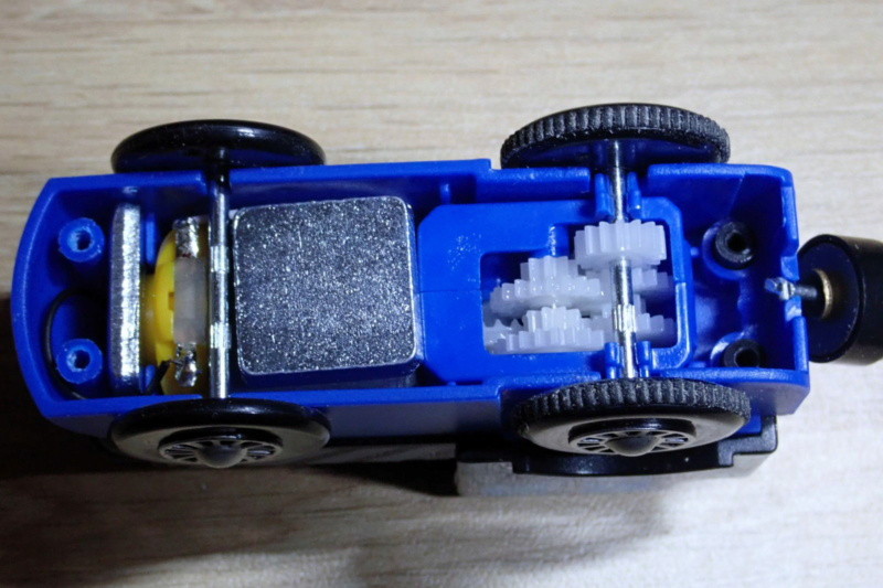 Loco « électrique » en 3D pour le train en bois BRIO - Page 2 0110