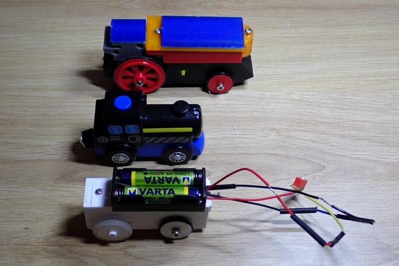 Loco « électrique » en 3D pour le train en bois BRIO - Page 4 Pc132110