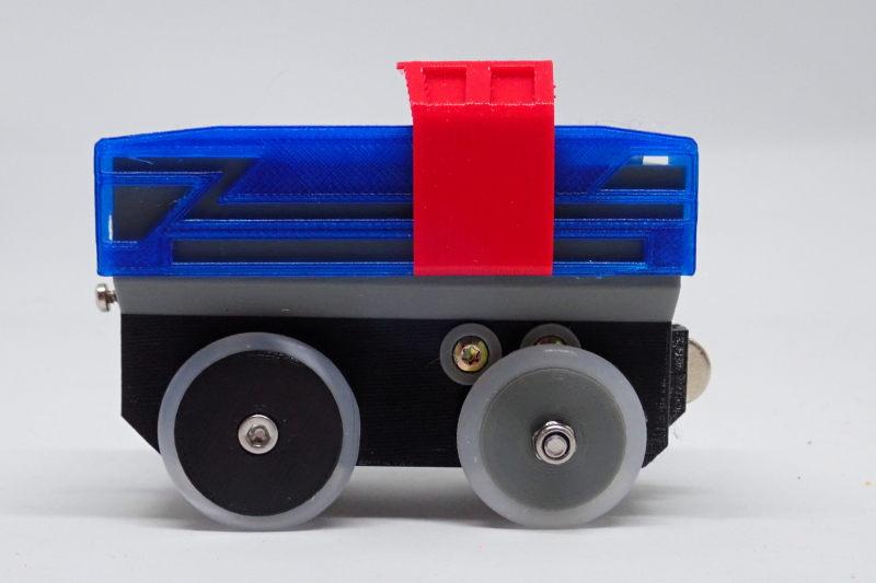Loco « électrique » en 3D pour le train en bois BRIO - Page 5 Pc232110