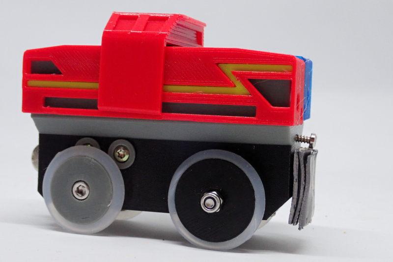 Loco « électrique » en 3D pour le train en bois BRIO - Page 5 Pc232113