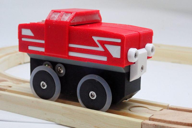 Loco « électrique » en 3D pour le train en bois BRIO - Page 5 Pc242113