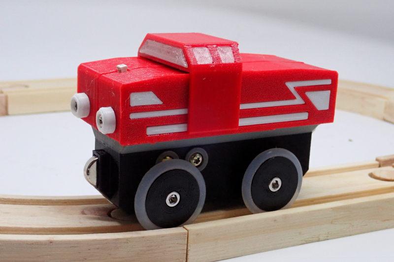 Loco « électrique » en 3D pour le train en bois BRIO - Page 5 Pc242114
