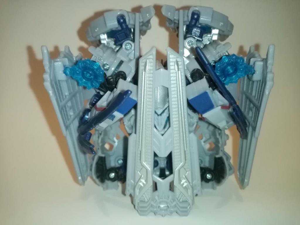 Vos montages photos Transformers ― Vos Batailles/Guerres | Humoristiques | Vos modes Stealth Force | etc - Page 16 Img_2023