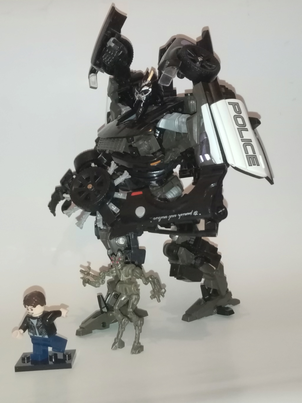 Vos montages photos Transformers ― Vos Batailles/Guerres | Humoristiques | Vos modes Stealth Force | etc - Page 16 Img_2030
