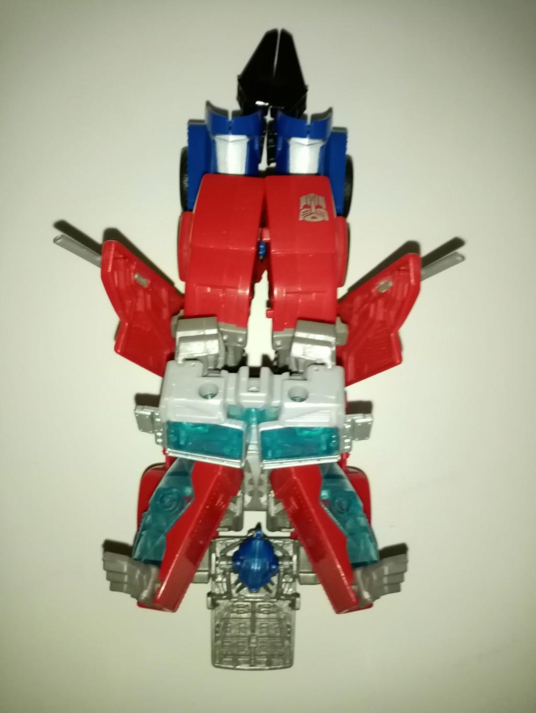 Vos montages photos Transformers ― Vos Batailles/Guerres | Humoristiques | Vos modes Stealth Force | etc - Page 16 Img_2035